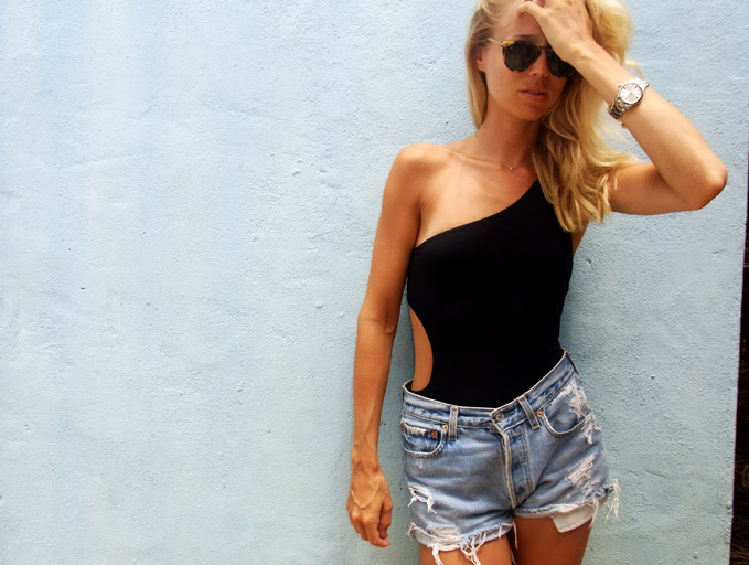 high-waisted-shorts-jeans.jpg