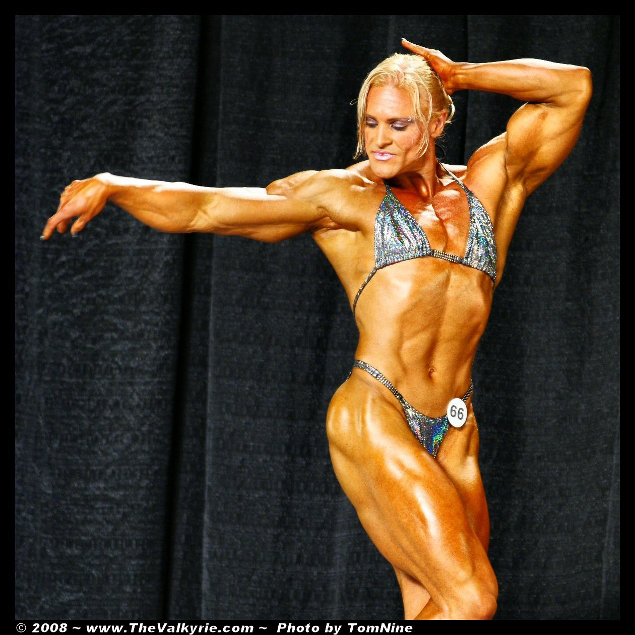 Muscle women foto naked toons