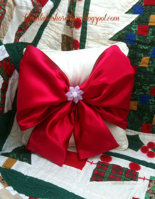 "alt=""Easy No Sew Pillow with Red Satin Bow tutorial Christmas Valentine's Day """