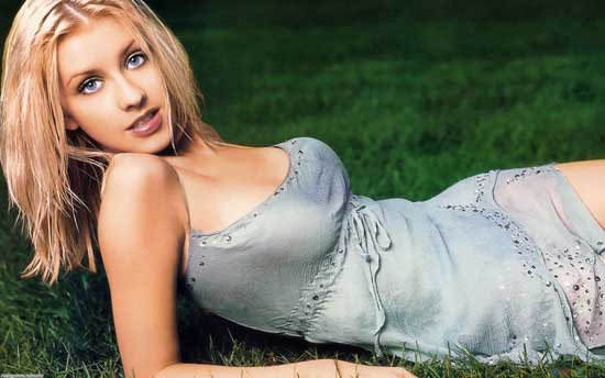 Top 25 Sexiest women Singers Alive 2012 Christina Aguilera
