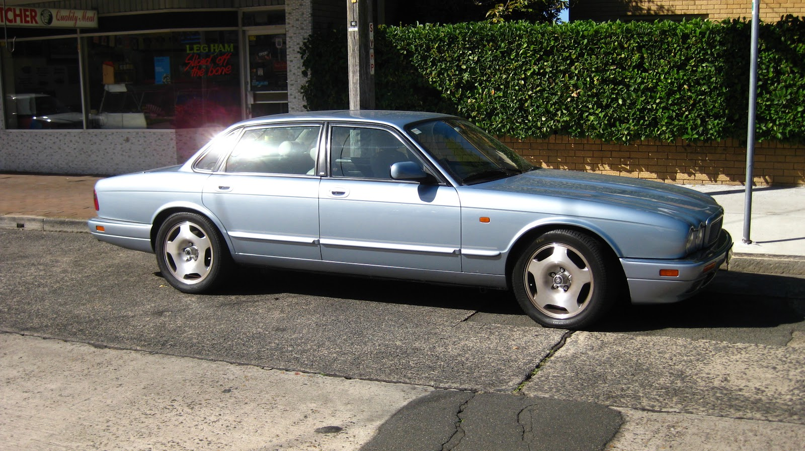 Aussie Old Parked Cars  1995 Jaguar X300 XJR