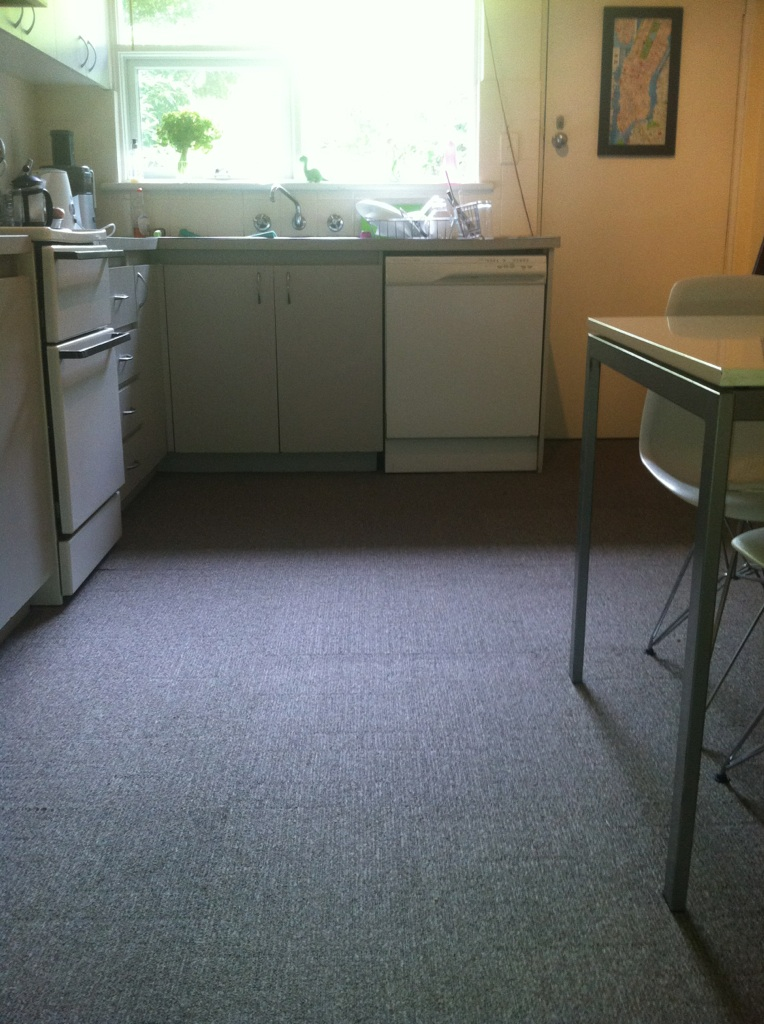 Genial Secondhand Carpet Tiles Sourced From McMATS