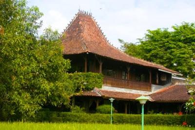 Villa Rumah Joglo