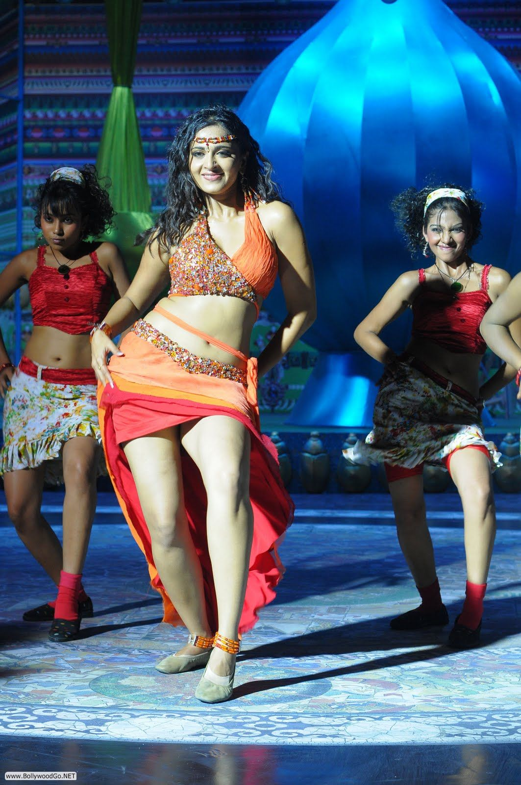 Hot Anushka Shetty Pictures