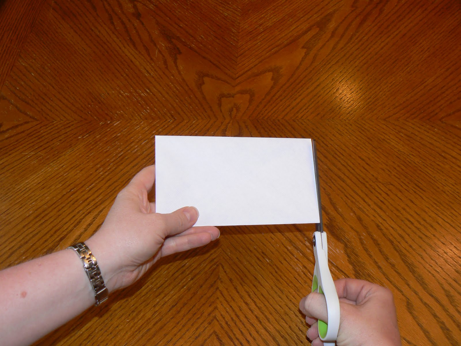 Как сделать обрезанные края фото