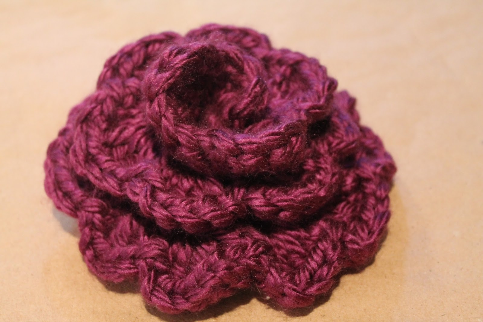 Easy Crochet Flower Patterns For Hats : Midwestern*Molly