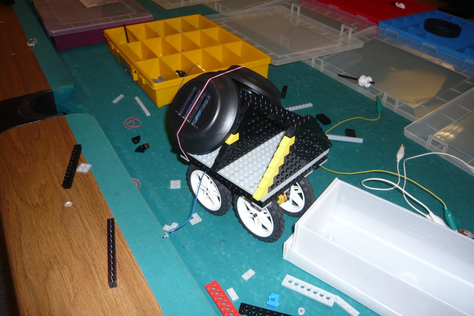 action4u ein modell solarauto mit solarzellen aus. Black Bedroom Furniture Sets. Home Design Ideas