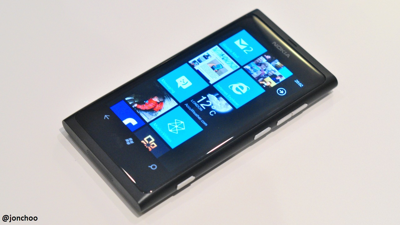 how to get update on nolia lumia 800