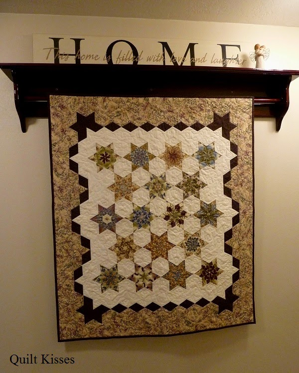 Quilt Kisses: Different Ways to Hang Quilts : wall quilt hangers - Adamdwight.com