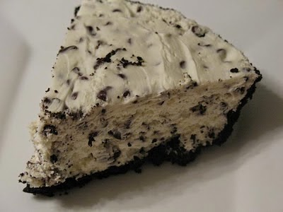 http://www.stopandsmellthechocolates.com/2011/06/no-bake-chocolate-chip-cheesecake.html