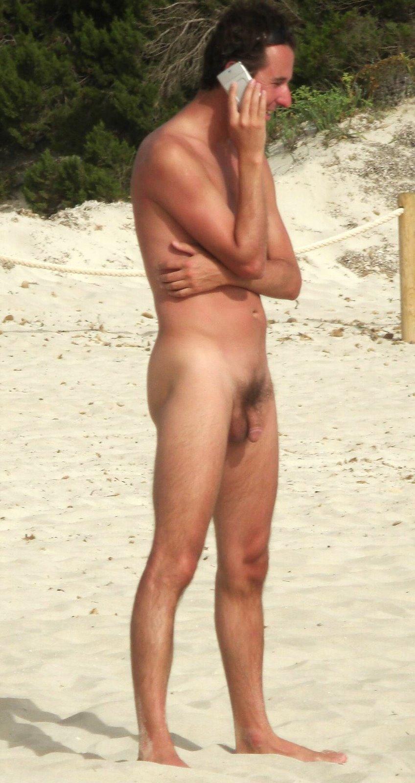 Etiquetas: beach, desnudo, espia, naked, nudists, pics, playa, public, spy, ...