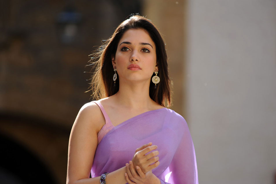Hot girls - tamannaah bhatia bold look hd wallpaper
