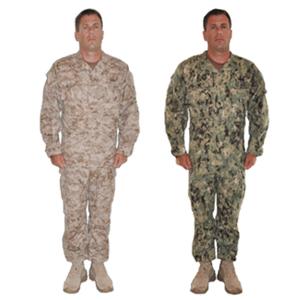 示範AOR1及AOR2軍服