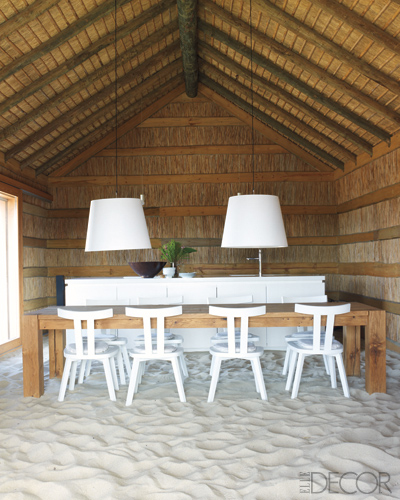 Coastal Home Spotted From The Crow S Nest Beach House: Dwellers Without Decorators: Sand Floor Beach House Chic