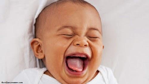 Photo drôle : Humour bébé mort rire