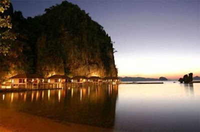 (Philippines) –Travel to Palawan