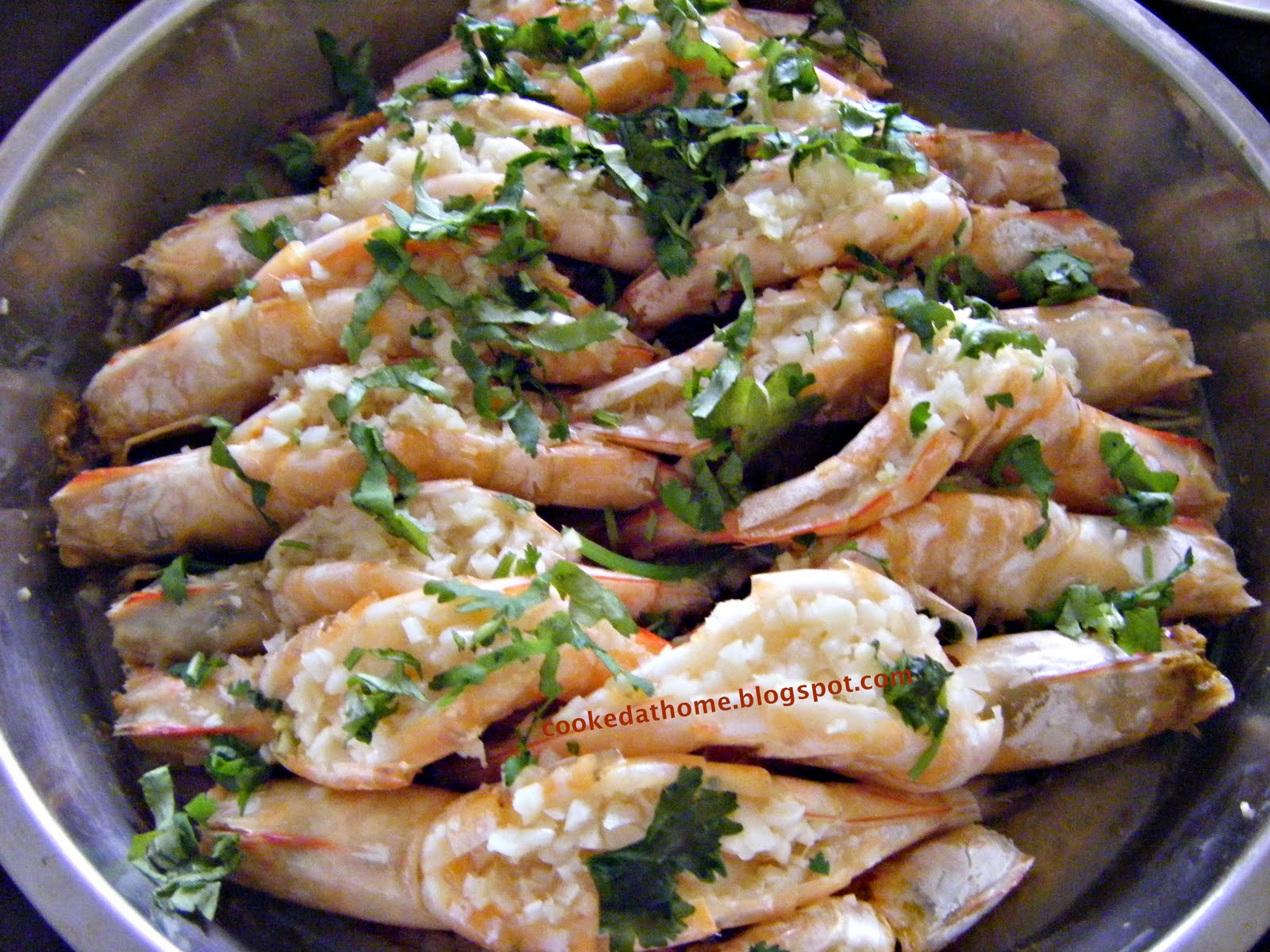 Cooking @ Home: Steamed Tiger Prawns with Garlic and Ginger