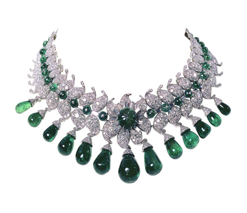 Passion For Luxury  Van Cleef & Arpels Luxury Jewelry. Moissanite Rings. Bespoke Engagement Rings. Guide Diamond. Faux Diamond Engagement Rings. Handmade Lockets. Big Stud Earrings. Baby Rings. Baby Girl Lockets