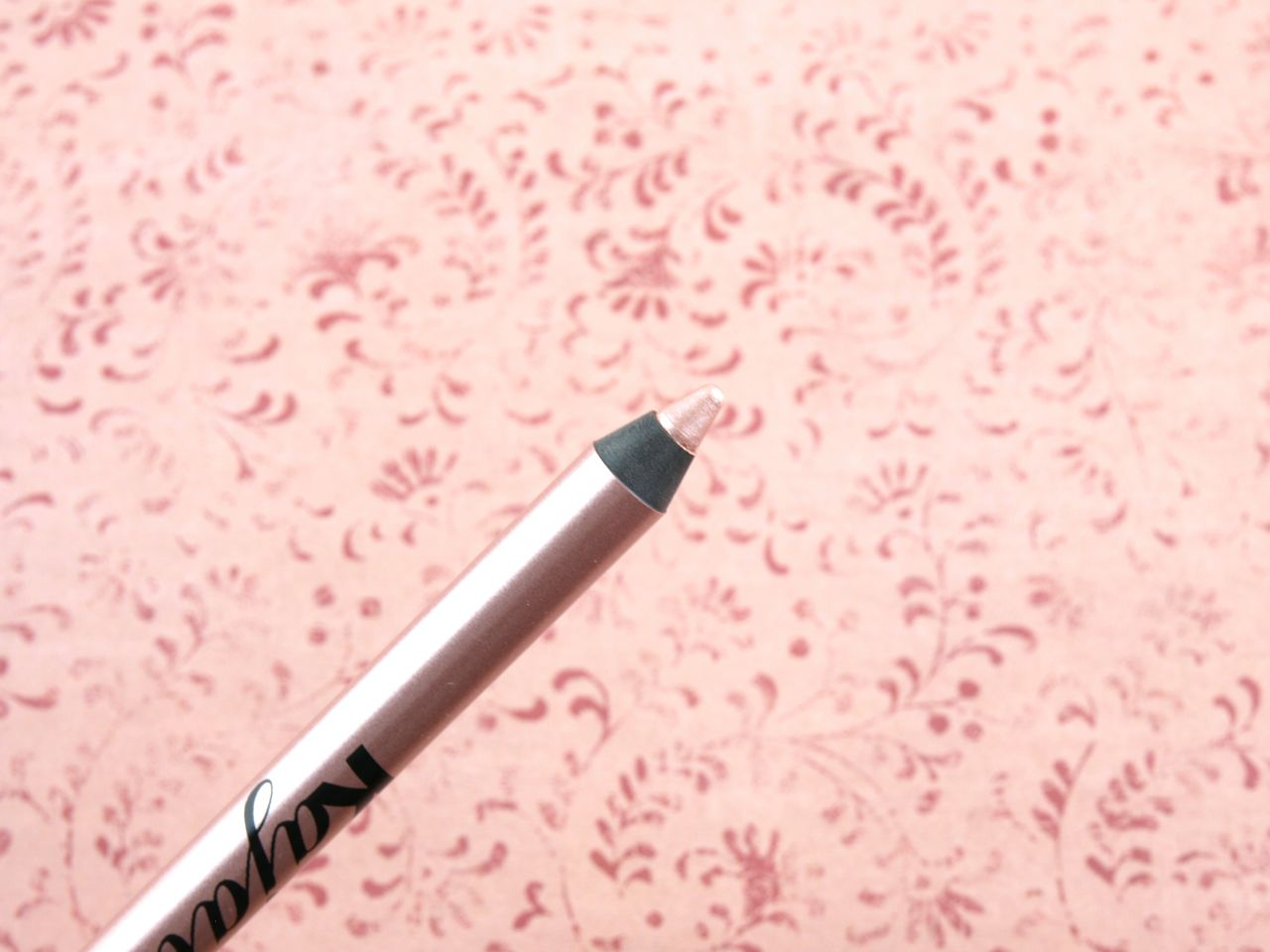 Vasanti Kajal Extreme Intense Eyeliner in Rose Gold: Review and Swatches