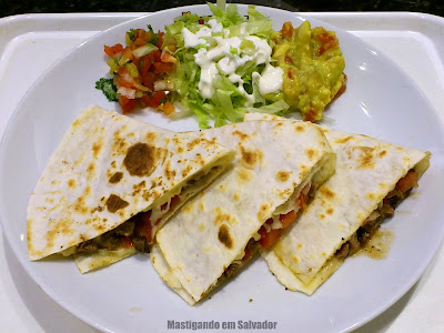 Tex & Mex: Quesadilla Steak 'N Cheese