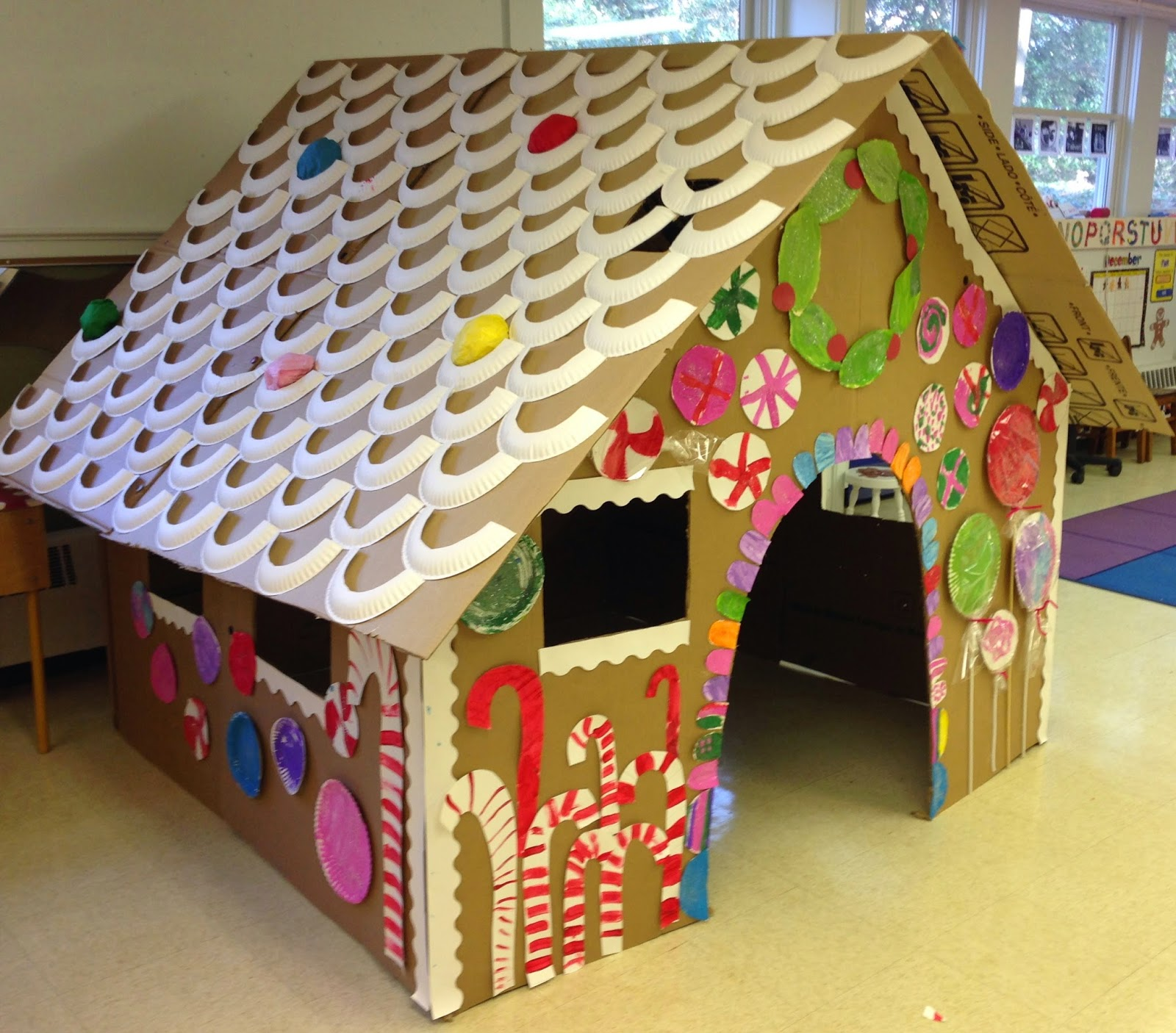 Mrs goff 39 s pre k tales our life size gingerbread house for Make my house