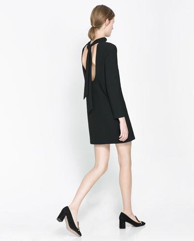 arkadan boyun bağlamalı sırt dekolteli kısa elbise