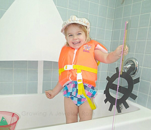 Kids boating bath fun