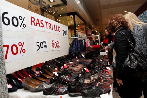 Mercadillos mercadillo de verano en el centro comercial moda shopping - Centro comercial moda shoping ...