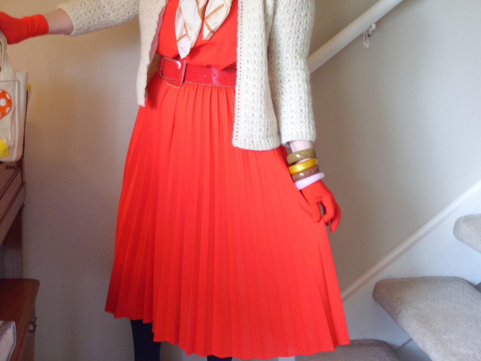 Eat the blog little orphan annie dress