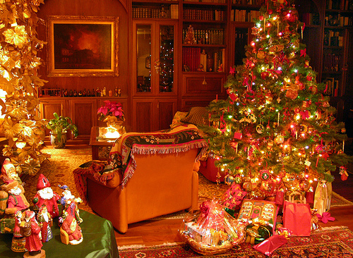 christmas is the best holiday on christmas morning i wake up jump out of bed and see what santa brought me and my brothers - Why Christmas Is The Best Holiday