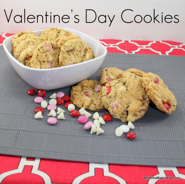 Valentine's Day Cookies {with a surprise crunch}