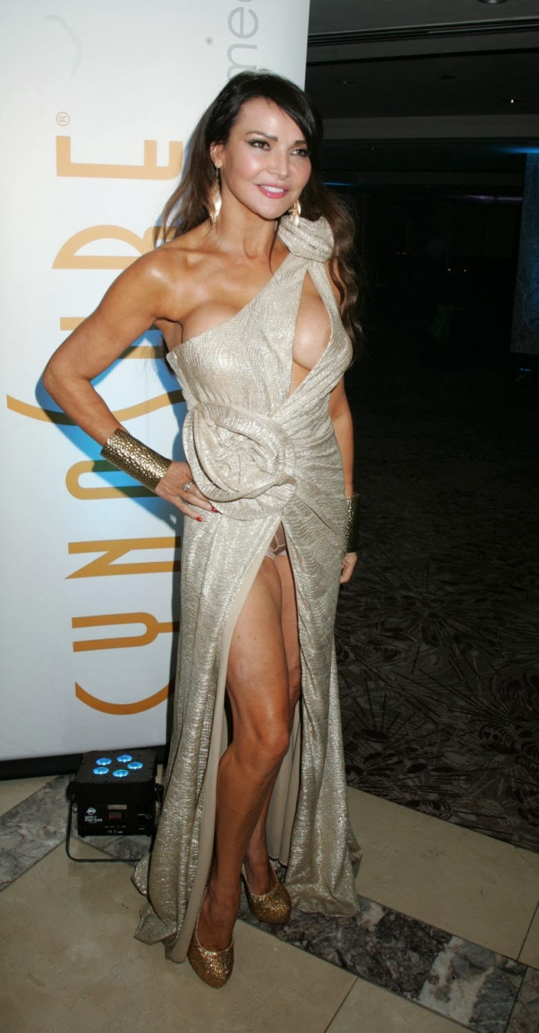 Lizzie Cundy Nip Slip and Pussy Show At MFMB Beauty Awards