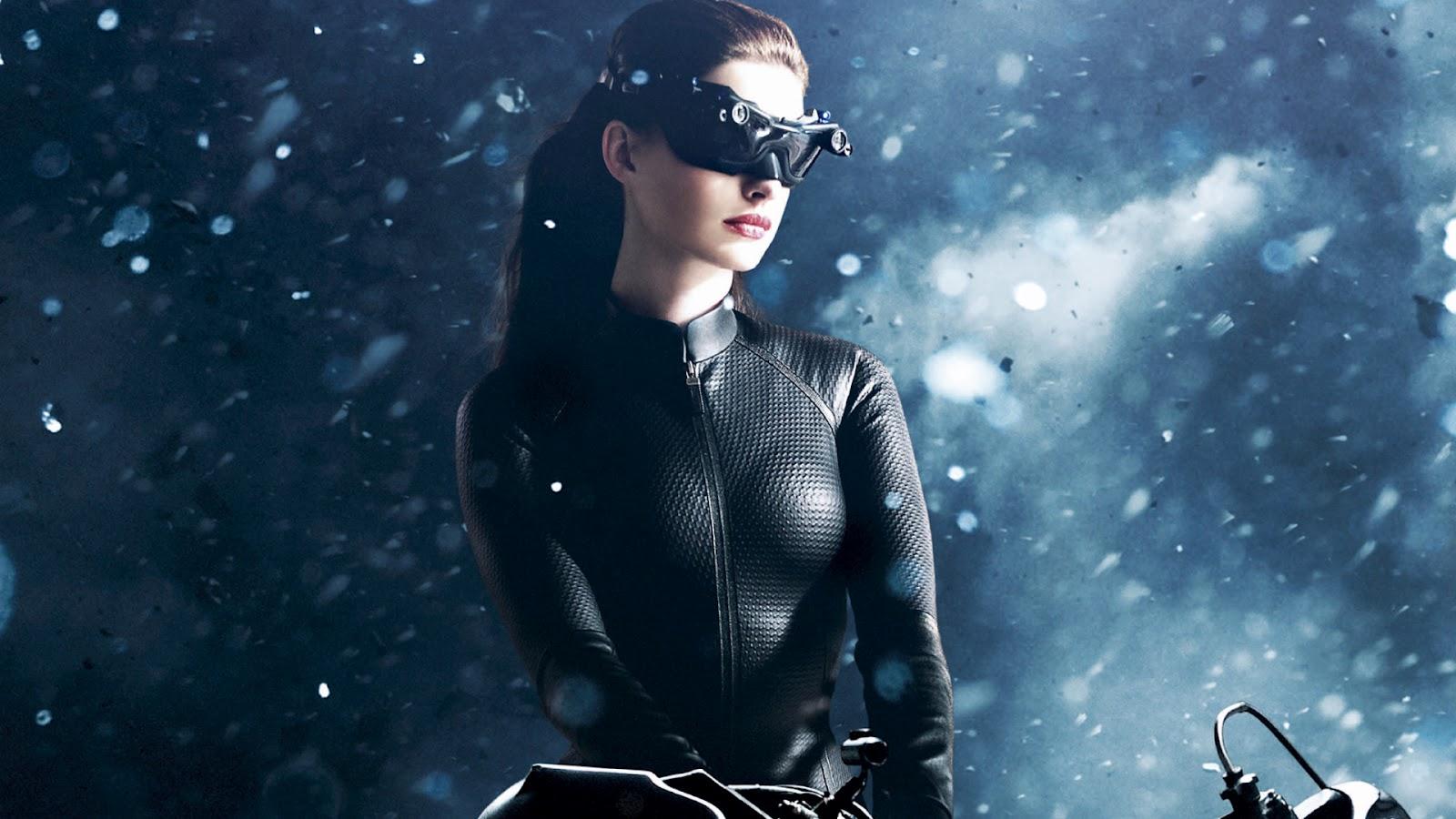 http://3.bp.blogspot.com/-QAOS1dr75gg/T8_q0m7wZ2I/AAAAAAAANK4/q_eOTSQ1goE/s1600/catwoman_anne_hathaway-HD.jpeg
