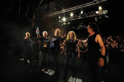 Saxon - band - live