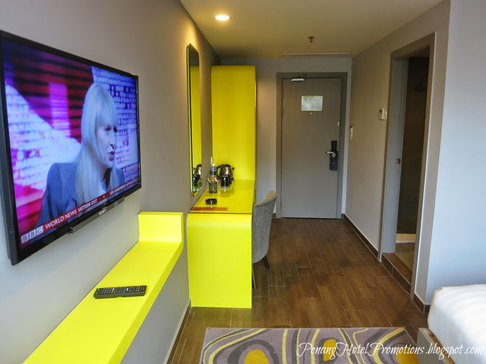 Penang hotel promotions go glow glow hotel penang for Design hotel glow