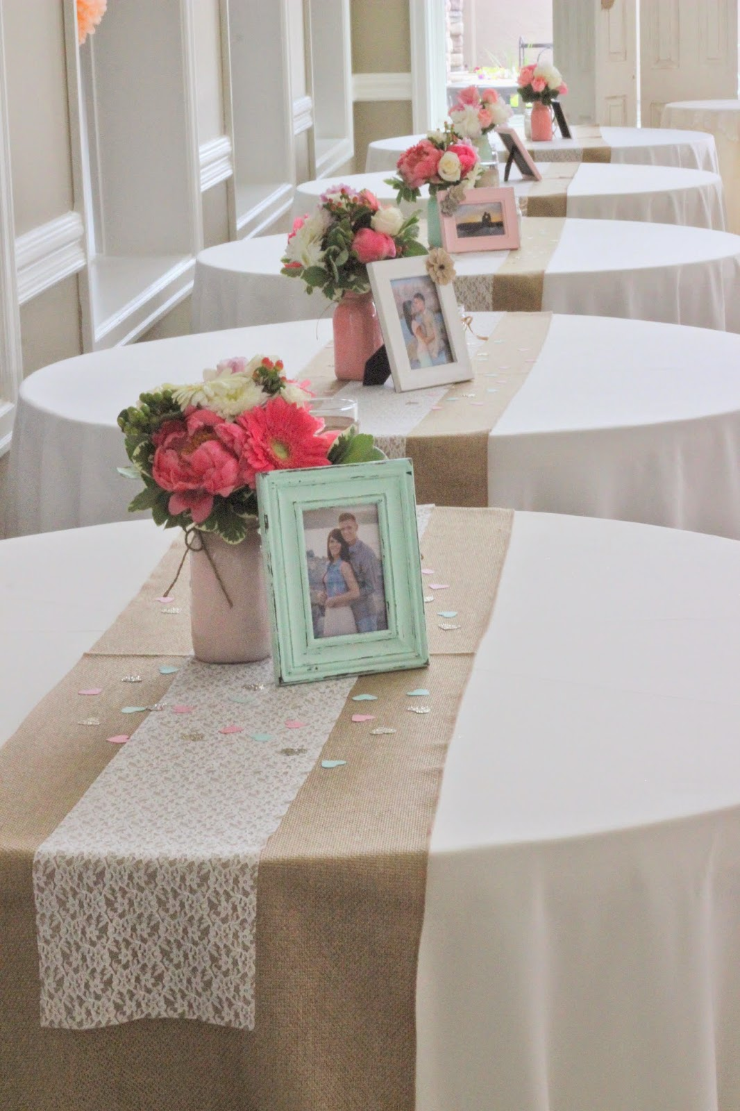 Celebration flair coral mint for How to dress a wedding table