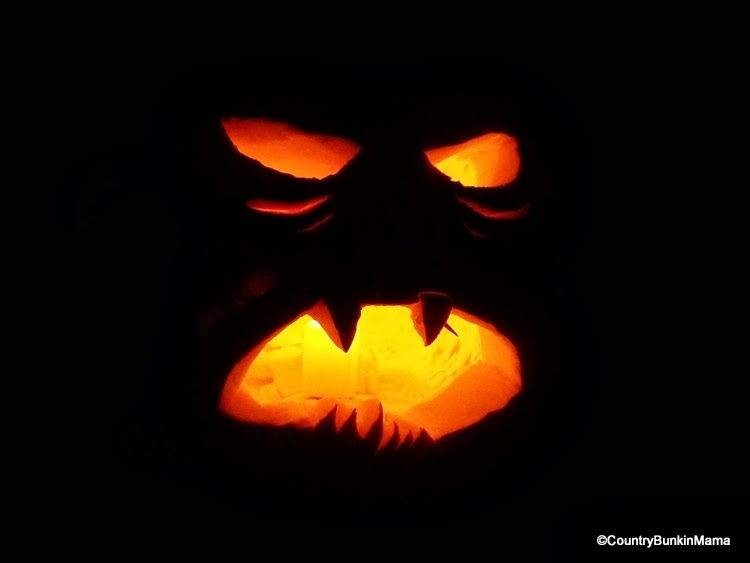 Bunkin's Scary Face Carved Punkin