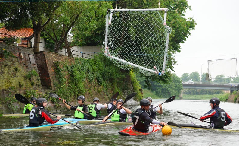 Ancholme River festival water polo - picture on Nigel Fisher's Brigg Blog