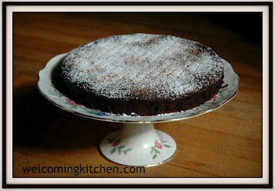 gluten-free vegan red wine chocolate cake