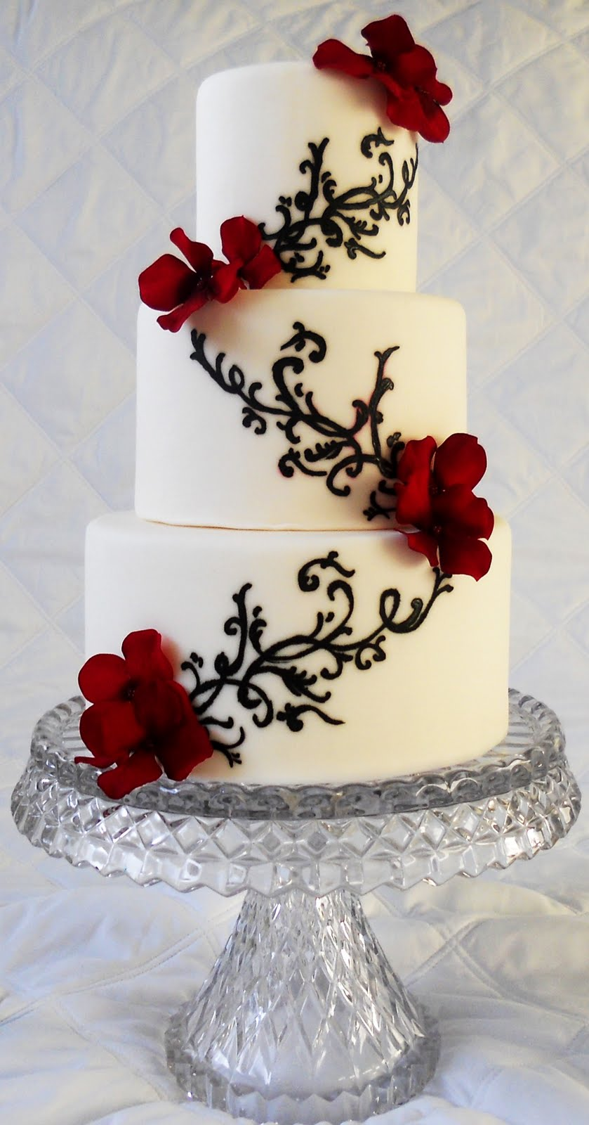 Three Colors Black Red And White Wedding Cakes Wedding Cake Designs