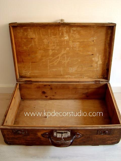 Maletas vintage de madera en buen estado