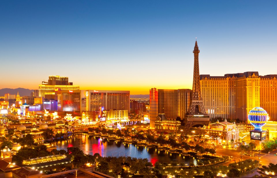According to Forbes, jobs in Las Vegas, NV saw percent growth in , and are projected to see percent by the end of As a major tourism hub, Las Vegas has a large hospitality industry, and the leisure and hospitality industry has over , jobs in Las Vegas.