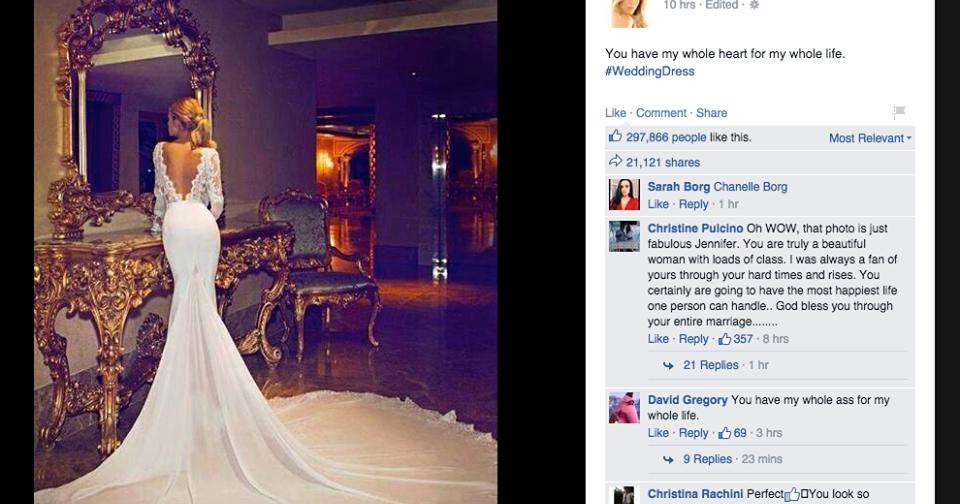Josies Juice Jennifer Aniston Wedding Dress Photo Justin Theroux