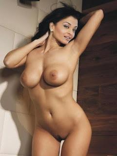 Bollywood Actress Aishwarya Rai Nude Without Clothes