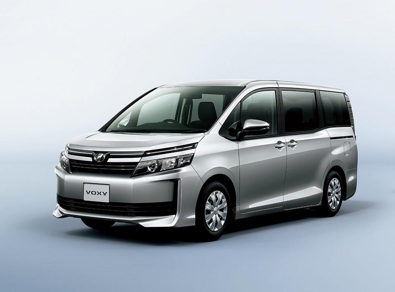 2015+Toyota+Voxy+Photos+(17).
