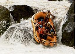 ウォーターラフティングwater rafting