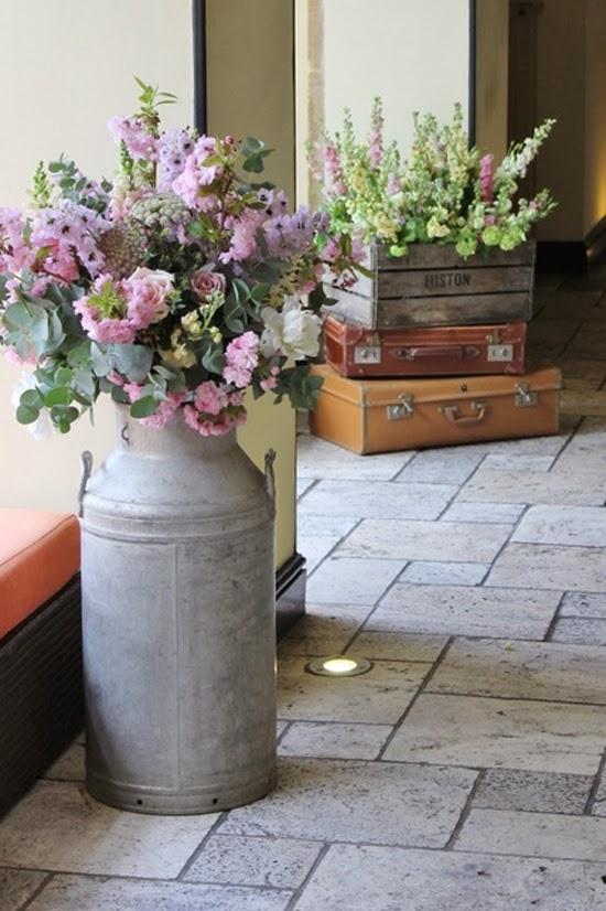 Desde jalisco bazar decorar con botes lecheros antiguos - Cosas antiguas para decorar ...