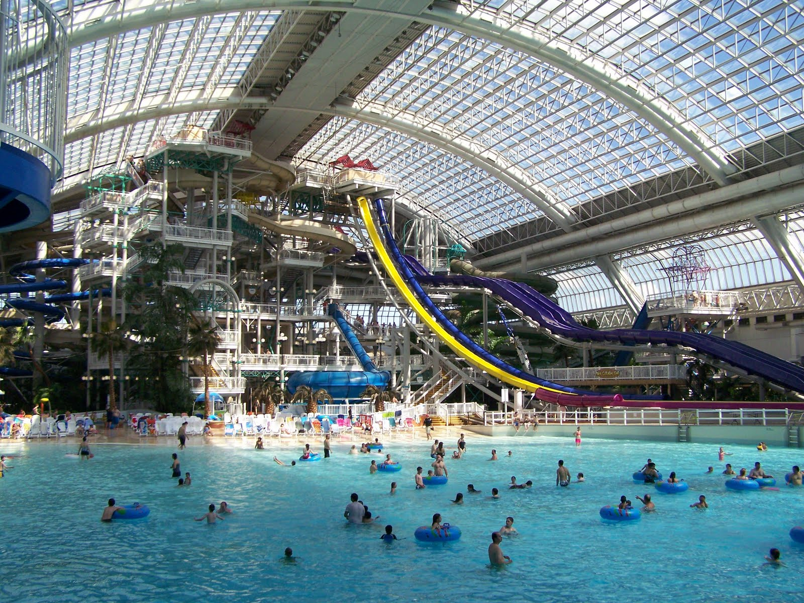 The Travelling Quigleys West Edmonton Mall Water Park