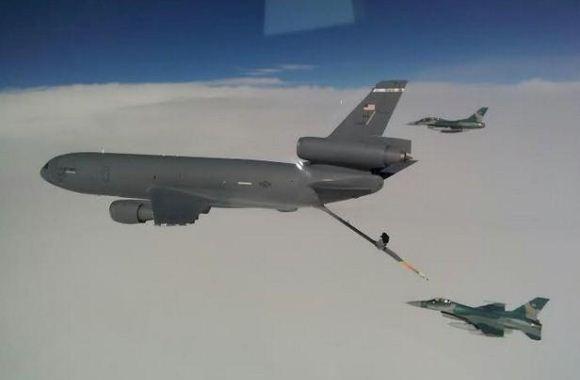 F-16 Tiba di Guam