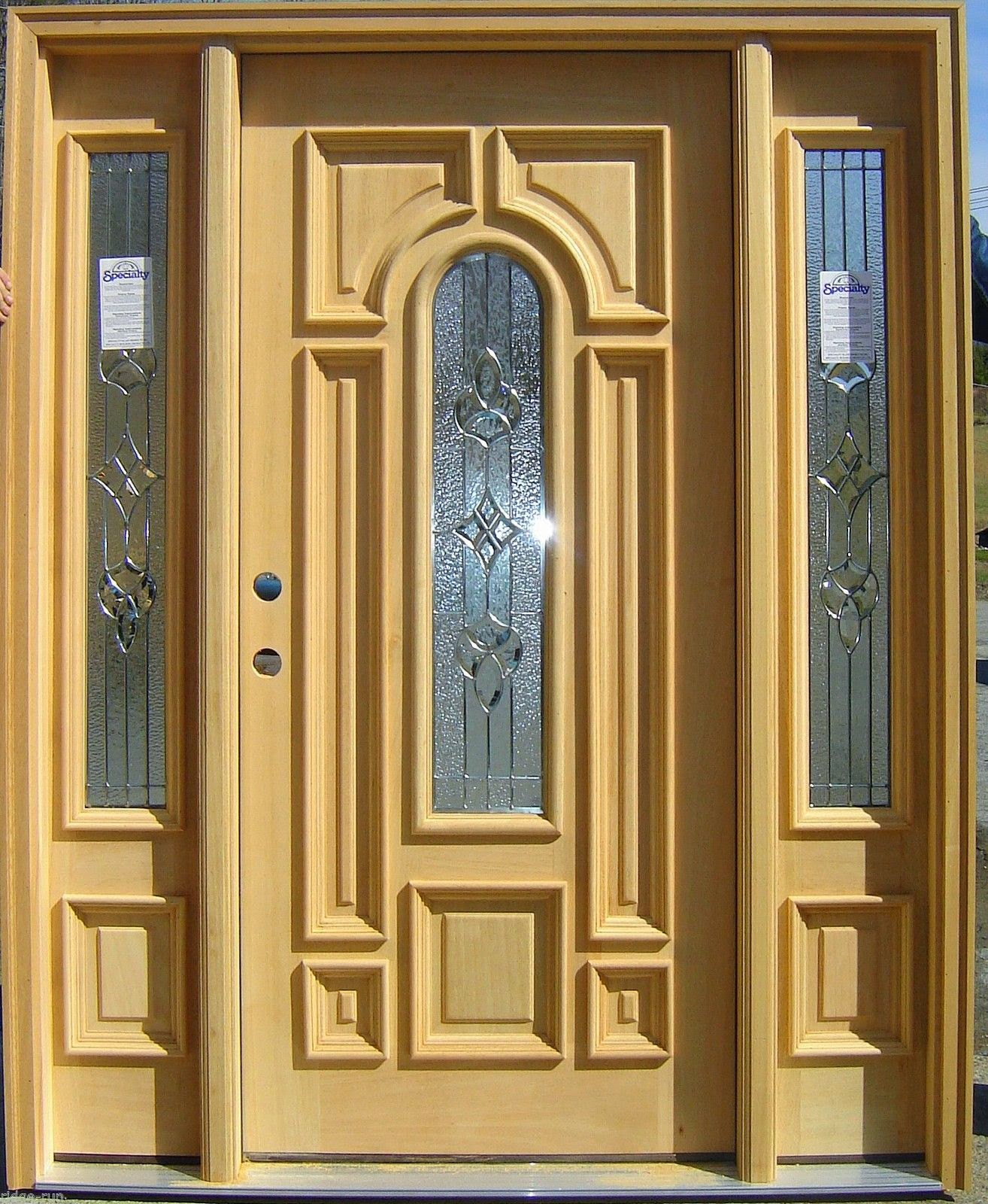 5 front entry doors with sidelights ideas instant knowledge for Exterior front entry doors